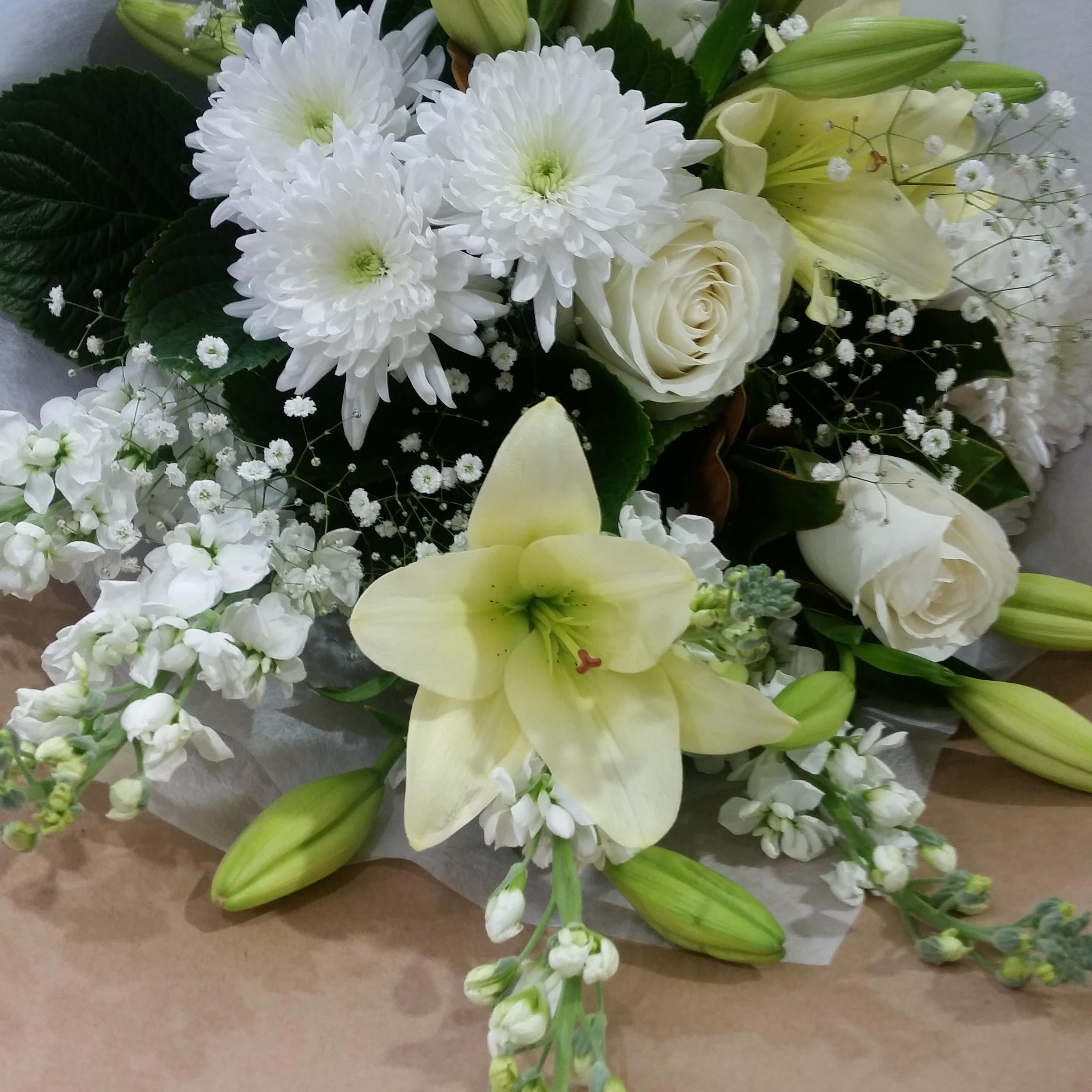 White And Green Bouquet Myrrh Co Florist Mt Maunganui